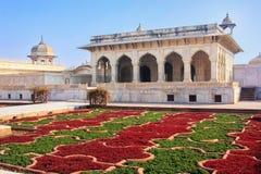 Khas Mahal και κήπος σταφυλιών Anguri Bagh στο οχυρό Agra, δημόσιες σχέσεις Uttar Στοκ φωτογραφία με δικαίωμα ελεύθερης χρήσης