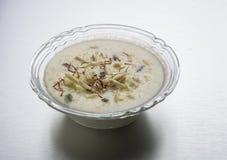 Kheer eller risgrynsgröt eller efterrätt Arkivbilder