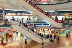 Khimki,俄罗斯- 2月13 2016年 购物中心Liga内部  免版税库存照片