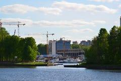 Khimki, Rusland - Mei 30 2017 Milieuvriendelijk Levoberezhny-district Royalty-vrije Stock Afbeeldingen