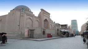 Khiva, Uzbekistán, siglo XIX de menor importancia inacabado de Muhammad Amin Khan del alminar del alminar de Kalta almacen de metraje de vídeo