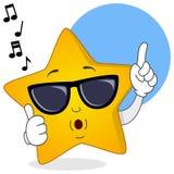 Kühler gelber Stern, der mit Sonnenbrille pfeift Lizenzfreies Stockbild