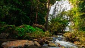 Khlong Lan瀑布 库存照片