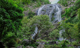 Khlong Lan Waterfall, província de Kamphaengphet imagens de stock