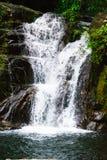 khlong pla khang瀑布它是非常美丽的 图库摄影