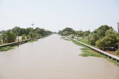 Khlong Preng kanal i landet Chachoengsao Thailand fotografering för bildbyråer
