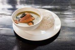 Khmer amok avec des poissons Photos libres de droits