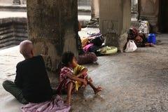 Khmerleute bei Angkor Wat Stockbilder