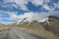 Khnjrab passerande Pakistan Kina gräns arkivfoton