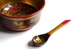 Khokhloma碗和匙子 免版税库存照片