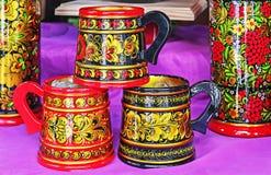 Khokhloma - Stary Rosyjski ludowy obraz na drewnie Drewniani naczynia z krajowym Rosyjskim ornamentem - Khokhloma zdjęcia royalty free
