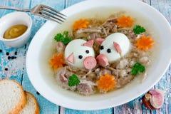 Kholodets russes traditionnels de plat, aspic en gelée de viande de porc images libres de droits
