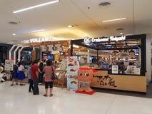 KHON KAEN TAJLANDIA, LISTOPAD, - 14: niezidentyfikowani ludzie stać Zdjęcie Royalty Free