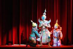 Khon ou représentation thaïlandaise suprême de masque Images stock