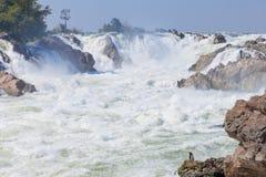 Khon Pha Peng vattenfall, Niagara av royaltyfria bilder