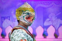 Khon - thailändsk traditionell maskeringsdans Arkivbild