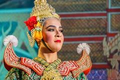 Khon - thailändsk traditionell maskeringsdans Arkivfoto