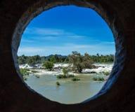 Khone Phapheng faller på Mekonget River i sydliga Laos royaltyfria bilder