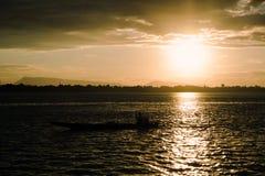 Khongrivier op zonsondergangtijd Stock Afbeelding