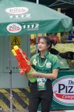 KhonKaen Songkran节日 泰国人和外国游人喜欢飞溅水 免版税库存照片