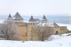 Khotyn fästning på en kall vinterdag Royaltyfria Bilder
