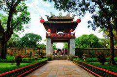 Khue Van Cac jeden brama przy świątynią literatura Fotografia Stock