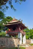 Khue Van Cac o Stelae de doctores en el templo de la literatura o de Van Mieu El templo recibe a la academia imperial, Vietnam pr Fotografía de archivo