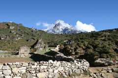 khumbi lha尼泊尔yul 免版税库存照片