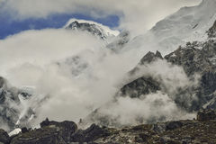Khumbu dal från Gorak Shep himalaya nepal Royaltyfri Bild
