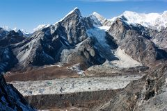 Khumbu glacier. And lobuche peak from Kongma la pass - nepal Royalty Free Stock Images
