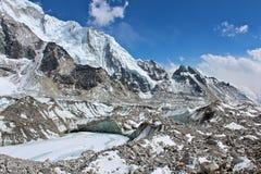 Khumbu lodowa pobliska góra Everest Zdjęcie Stock