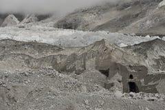 Khumbugletsjer dichtbij beroemde en gevaarlijke Khumbu IceFall, Himalayagebergte nepal Stock Fotografie
