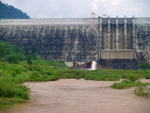 Khun Dan Prakan Chon Dam Arkivbilder