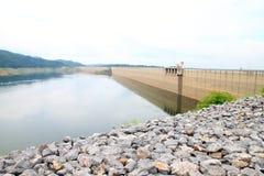 Khun Dan Prakan Chon Dam, Nakhon Nayok, Ταϊλάνδη Στοκ Εικόνες