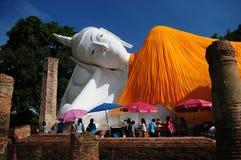Khun Inthapramoon tempel, Thailand royaltyfria bilder