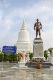 Khun Khang Lhek monument på Wat Wang Temple, Phatthalung, Thaila Arkivbild
