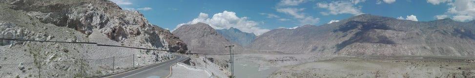 Khunjerab Pakistan nära denPakistan gränsen royaltyfria foton