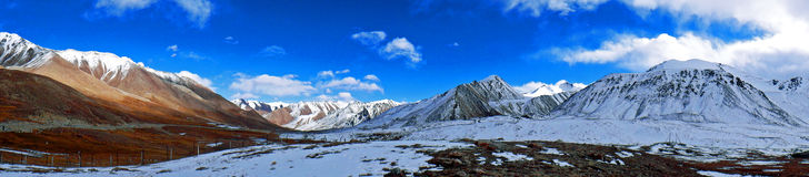 Panoramic View of Khunjerab Pass. Scenic view of the Khunjerab Pass, the border between Pakistan and China Royalty Free Stock Image