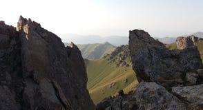 Khustup Chaîne de montagne en Arménie Photographie stock