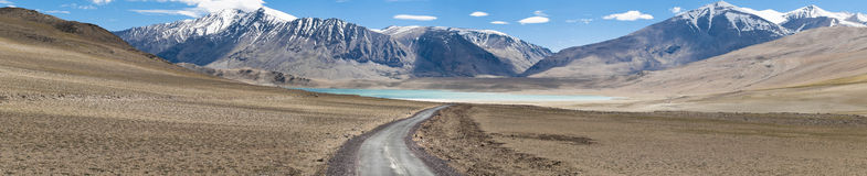 Kiagar Tso and highway path Stock Photos