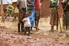 KIBUYE, RWANDA AFRYKA, WRZESIEŃ, - 11, 2015: Niewiadomi ludzie Obrazy Royalty Free