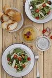 Kichererbsen-und Zucchini-Salat Lizenzfreie Stockfotos