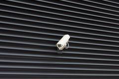 Kick - över huvudet säkerhetskamera för tech arkivfoton