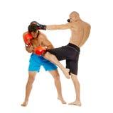 Kickbox-Kämpferauseinandersetzung Lizenzfreie Stockfotografie
