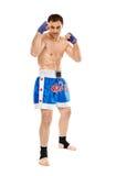 Kickboxer na posição do protetor Imagens de Stock Royalty Free