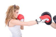 Kickboxingsmeisje royalty-vrije stock fotografie