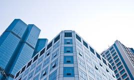 Kicklöneförhöjningbyggnader i CBD-område Fotografering för Bildbyråer