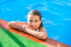 Kid girl in swimming pool at summer vacation Stock Photography