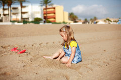 Kid playing on beach Royalty Free Stock Photo