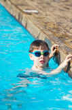 Kid in the pool Royalty Free Stock Photos